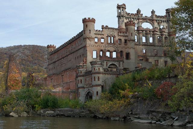 Bannerman S Castle Arsenal Rust Belt Ruin Tours